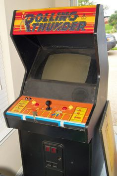 Rolling Thunder arcade on emulator from start to finish Arcade Game Room, Arcade Games, Retro Arcade, Game Rooms, Fun Time, Gaming Computer, Jouer, Vaporwave, Home Brewing
