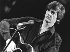 Phil Everly Has Died At The Age Of 74 LOS ANGELES – The Everly brothers who became famous in the sixties for their harmonized singing of catchy tunes, has lost its youngest member Phil. - See more at: http://www.ndjglobalnews.com/15722/phil-everly-died-age-74.html#sthash.JwcA3T3H.dpuf