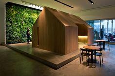 The Pavilion Downtown Dubai   Vertical Garden Design
