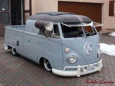 VW Kombi pickup :-{b> Volkswagen Transporter, Volkswagen Bus, Vw T1 Camper, Volkswagen Beetles, Vw Bugs, Vw California T6, Kombi Pick Up, Vw Doka, Combi Ww