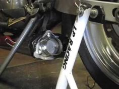 Electric Exhaust Cutout on Vic with thrush! Hmmm!