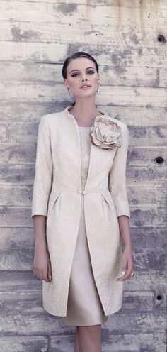 SALE Mother of Bride Formal Wedding Races Carla Ruiz Coat/Dress, Champagne, Mom Dress, Dress Skirt, Dress Up, Look Fashion, Fashion Beauty, Womens Fashion, Vestidos Plus Size, Wedding Party Dresses, Formal Wedding