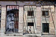 Street ARt: The Wrinkles of the City - La Havana | JR - Artist