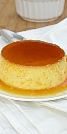 Where can you try the best Spanish food and drinks? Anyone going to Spain who wants to taste the delicious typical Spanish meals and tapas can choose betwe Flan, Best Spanish Food, Serrano Ham, Spanish Kitchen, Different Wines, Fun Cup, People Eating, Grilled Meat, Recipe Of The Day