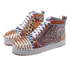 Christian Louboutin Mans Sneakers Gold Coloured Diamond Cheap To Buy PkJfP Best Sneakers, Casual Sneakers, Sneakers Fashion, Casual Shoes, High Top Sneakers, Fashion Shoes, Sneakers Style, Sneakers Women, Comfortable Sneakers
