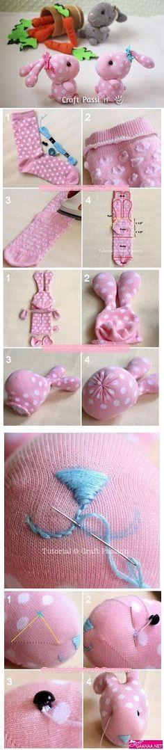artystyczne rękodzieło, szmaciane lalki - wykroje, lalki z materiału wykroje, szmaciane zwierzątka - wykroje, zwierzątka z materiału - wykroje, szmacianki - tutoriale, szmacianki DIY, szablony szmacianek, szablony maskotek, fabric maskots patterns Plushie Patterns, Stuffed Toys Patterns, Sewing Toys, Baby Sewing, Doll Clothes Patterns, Doll Patterns, Projects For Kids, Sewing Projects, Bean Bag Pattern