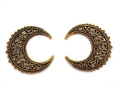 Antique Gold Filigree Crescent Moon Shaped Stamping pkg of 2