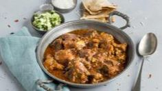 What to do with leftover lamb? Why not to try this delicious and aromatic leftover lamb curry? Visit Schwartz for the Leftover Lamb Rogan Josh recipe. Leftover Lamb Curry, Leftover Roast Lamb, Uk Recipes, Curry Recipes, Healthy Recipes, Lamb Korma, Lamb Rogan Josh, Basmati Rice Recipes, Lamb Loin Chops