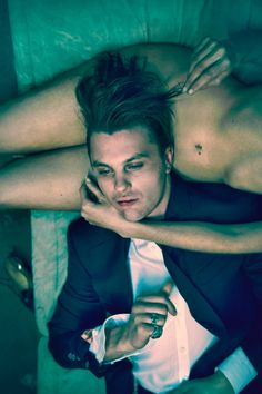 Les Beehive – Michael Pitt by Mason Poole for Flaunt, May 2014
