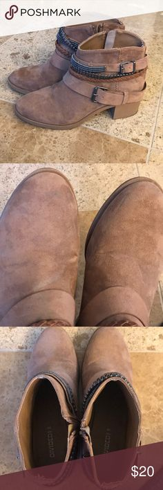 H&M brown ankle bootie Sz 39 Cute boots released for Coachella 2015 collection. A few scuffs as pictured. Only worn twice. Sz 39 H&M Shoes Ankle Boots & Booties