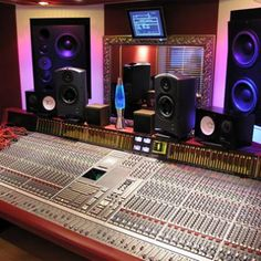 Home Recording Studio Success | the savvy musican blog | The Savvy Musician Blog