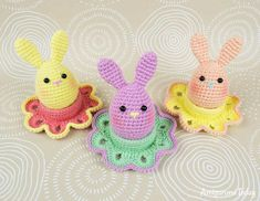 Free Easter bunny egg crochet pattern by Amigurumi Today
