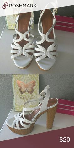 Gently used Jessica Simpson heels White strappy heels Jessica Simpson Shoes Heels