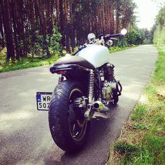 Jay Motorcycles' first build. Kawasaki Zephyr 750.