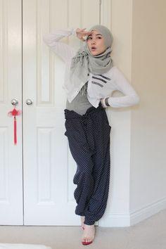 The Beautiful, Hana Tajima Turkish Fashion, Islamic Fashion, Muslim Fashion, Modest Fashion, Hijab Fashion, I Love Fashion, Fashion Pants, Woman Fashion, Fashion Ideas