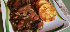 zöldségragus karaj Polenta, French Toast, Chicken, Meat, Breakfast, Food, Morning Coffee, Essen, Meals