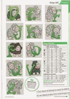 Alfabeto con ovejitas para punto de cruz.
