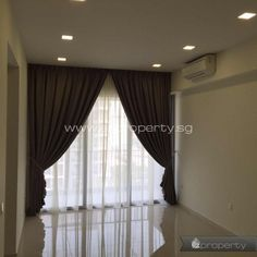 3BR condo unit for rent near Tanah Merah MRT. 3,500 SGD / month. No agent fee.  All details and contact here: http://www.ezproperty.sg/listing/Bedok-Residence_Condo_for-rent_3453  We promote listings posted on EZProperty.sg at no cost, it just needs to look good and be priced right.  #Singapore #3BR #Condo #ForRent #TanahMerah #MRT