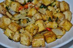 Tofu com Cebola e Alho Poro