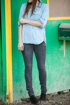 Denim on Denim blog from 114west! Love this look and picture from Brooke Peterson Photography.