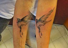 #tattoo #tattooartist #ink #inked #color #colortattoo #bird #swallow #studio #bardo #studiobardo