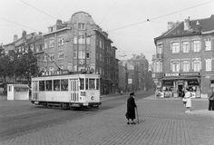 chanté par jaques brel dans madeleine la friterie Eugène et le tram 33