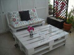 Outside pallet furniture