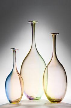 Name: Fidji bottle Company: Kosta Boda Designer: Kjell Engman Glass Vessel, Glass Ceramic, Glass Bottles, Perfume Bottles, Bottle Design, Glass Design, Vase Transparent, Kosta Boda, Gift Suggestions