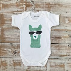 A great custom colour request in my llama set 👌 Keepsake Quilting, Organic Baby, Baby Bodysuit, I Shop, Colour, Trending Outfits, Handmade Gifts, Prints, Etsy