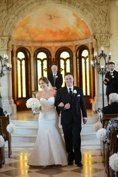 Alamo Texas Feel In this Gorgeous Traditional Chapel Wedding | Photograph by Fairy Tale Photography  http://www.storyboardwedding.com/alamo-texas-feel-traditional-chapel-wedding/