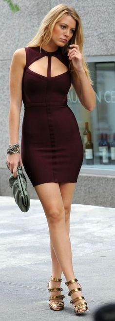 "Season 3 - Serena in Hervè Leger burgundy bandage dress & Manolo Blahnik ""Bocekay"" sandals"
