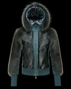 Catalogo Piumini Moncler uomo e donna autunno inverno 2013 2014 FOTO Outfit  Invernali 358c5f702905