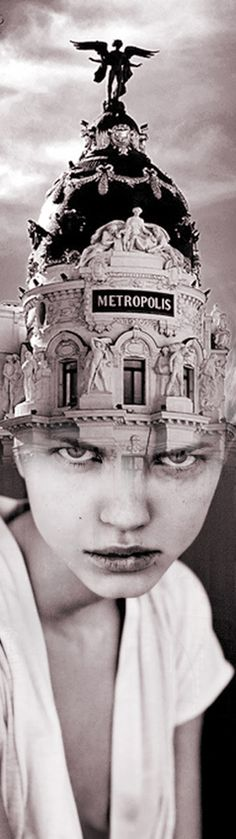"Antonio Mora - ""THE QUEEN OF MADRID"". If you are interested in purchasing works of Antonio Mora, send e-mail to pil4r@routetoart.com"