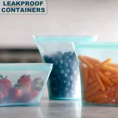 Leakproof Stand Up Containers 🥣 Made of pure platinum silicone and is completely plastic-free. Virtually indestructible and endlessly reusable, these new containers will change the way you store, cook and even eat! - Type Of Kitchen Storage Cool Kitchen Gadgets, Kitchen Hacks, Cool Kitchens, Stores Horizontaux, Pre Made Meals, Freezer Burn, Food To Go, Dish Sets, Holiday Tables