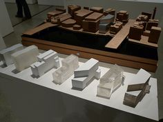 David Chipperfield - Form Matters Design Museum Sir David Chipperfield's show is ending tomorrow. Conceptual Model Architecture, Architecture Model Making, Study Architecture, Architecture Drawings, Cube Design, Arch Model, London Art, Design Museum, Model Pictures