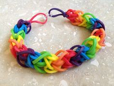 Rainbow Rubber Band Bracelet (Six Color Diamond Pattern)
