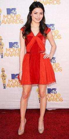 Miranda Cosgrove in Versus Versace Fall 2010 dress and Louboutin pumps at the 2010 MTV Movie Awards, June 2010