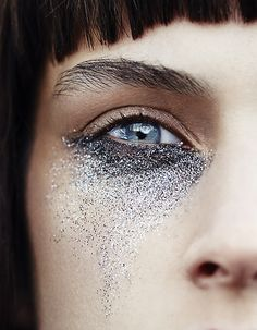 Glitter by Jeanne Bouchard for Rachell Smith for Wylde Mag