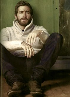 Jake Gyllenhaal....He should sooo play the role of King David of Israel. Perfect!