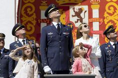 Crown Prince family of Spain enjoy a military flyover May 2, 2014