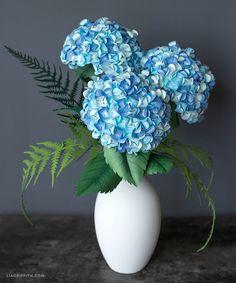 Diy paper hydrangea flowers hydrangea diy paper and cricut diy paper hydrangeas mightylinksfo Gallery