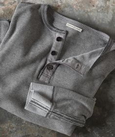 Glacier Henley Compact thermal 97% cotton/3% lycra knit makes for a soothing and supple extra layer. With woven trimmed 3-button placket and contrast stitching on all seams. Imported in Coal or Lt Charcoal. Sizes S-XXL 144010 $69