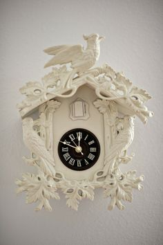 Painted Cuckoo Clock  Awesomeness! Pretty. Quirky.