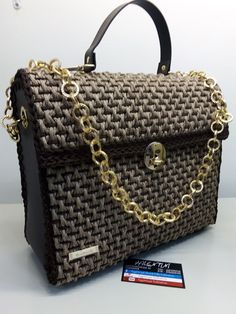 Diy Purse, Crochet Bags, Purses And Bags, Handmade, Fashion, Crochet Purses, Moda, Hand Made, Fashion Styles