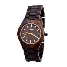 ZEUS Decentní a přitom naprosto ohromující jsou tyto originální hodinky ze  santalového černého dřeva. e737bd36619