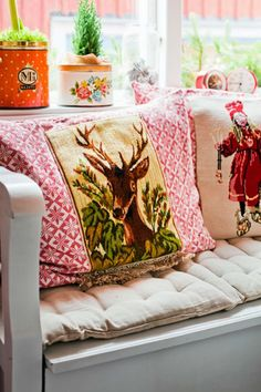 HOME & GARDEN: Un Noël nordique et coloré                                                                                                                                                      Plus