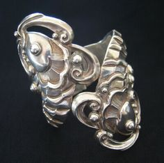 Vintage Margot de Taxco sterling silver fish with plumes spring-hinged bracelet, circa-1950's