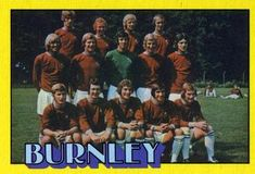 1974-75 A&BC Gum #24 Burnley Team Front