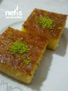 Best Cake : Revani dessert by the famous Baki master - delicious recipes Köstliche Desserts, Delicious Desserts, Yummy Food, Mousse Au Chocolat Torte, Healthy Cake, Iftar, Beautiful Cakes, Cornbread, Bakery