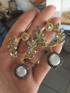 Trendy Jewelry, Jewelry Trends, Diy Jewelry, Beaded Jewelry, Jewelery, Handmade Jewelry, Crystal Jewelry, Metal Jewelry, Fashion Earrings